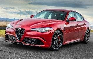 Alfa Romeo Giulia je među finalistima nagrade World Car of the Year 2018