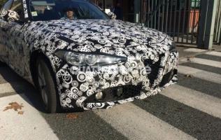 Alfa Romeo Giulia: Pogled na halogena svjetla